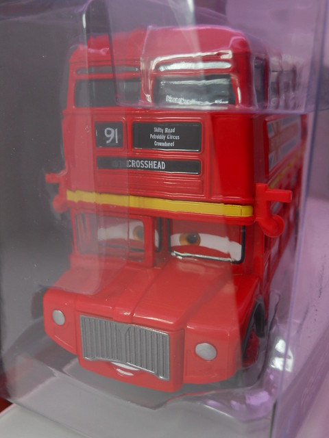 disney cars 2 deluxe double decker bus (2)