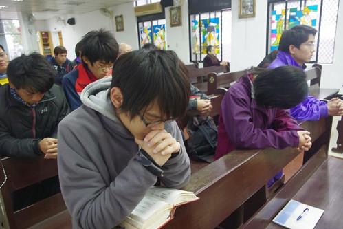 圖4.生態福傳佈道師培訓學員每天為環境守護而祈禱。(廖翊伶 攝)