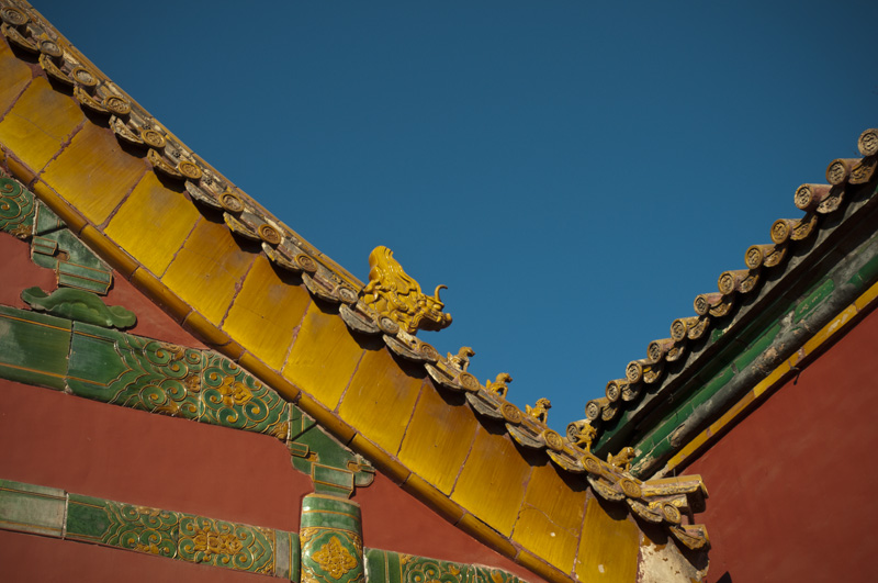 Maybe Ive said this in a previous post... I find the decorative roof tiles really fascinating.  Its difficult to get a good look at the roofs in the Forbidden City but that does not make them any less impressive.