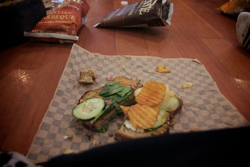 i put chips in my sandwiches