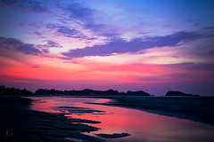 Kaw Kwang Sunset 18 (Chrisseee) Tags: travel pink blue sunset sky black reflection clouds canon thailand asia kohlanta lowtide everythingpink  kawkwang mygearandme kristiinahillerstrm mygearandmepremium chrisseee mygearandmebronze mygearandmesilver mygearandmegold mygearandmeplatinum mygearandmediamond 3eliteclub