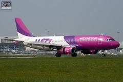 HA-LWF - 3562 - Wizzair - Airbus A320-232 - Luton - 110419 - Steven Gray - IMG_4055