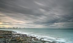Tormenta sobre la Manga (Carlos J. Teruel) Tags: españa mar europa paisaje explore murcia nubes lamanga cabodepalos d300 2011 murciamurcia xaviersam singhraynd3revgrad leebigstopper