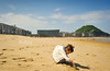 Zurriola (The Aslier) Tags: baby nikon san sebastian playa niña arena donosti f28 zurriola kursaal paule 1735 urgul d700