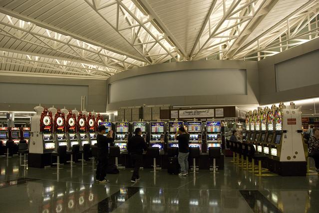 LV airport slots