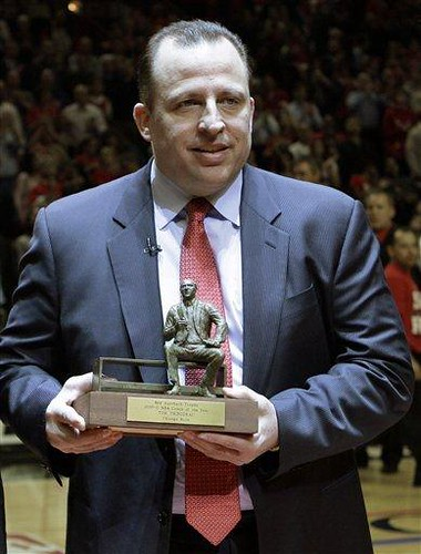 20110502-tom-thibodeau-award