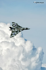 XH558 Avro Vulcan B2 (Nigel Blake, 15 MILLION views! Many thanks!) Tags: cold airplane photography flying inflight war aircraft aviation flight july aeroplane legendary v worlds only b2 vulcan blake bomber 2008 legend nigel 3rd raf coldwar avro waddington vbomber xh558 airworthy vulcantothesky tvoc