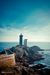 (Mathieu Raoult) Tags: ocean sky mer france flickr ciel hdr rochers finistere canon1855mm brestagne phareduminou flickrunitedaward worldhdr canoneos550d mathieuraoult