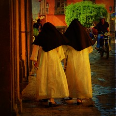 two good habits (msdonnalee) Tags: mexico catholic habit nun mexique mexiko messico photosfromsanmigueldeallende doublyniceshot fotosdesanmigueldeallende mygearandme mexicannun religioussisterhood