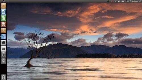 ubuntu natty narwhal unity 2d