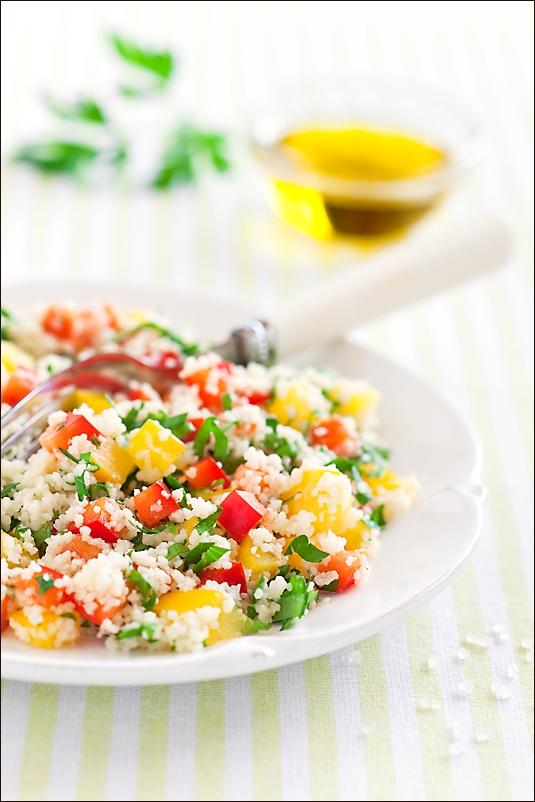 Couscous and paprika salad with lemon dressing