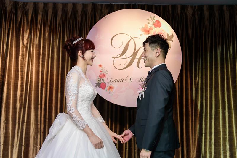 國賓婚攝,台北國賓,國賓飯店婚宴,新秘Miko ,婚攝小勇,台北婚攝, 愛瑞思新娘秘書造型團隊,西敏英國手工婚紗,小寶工作室-041