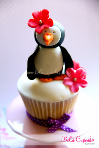 Miss Maires Penguin Cupcake!