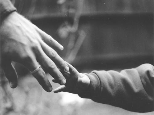 big-n-small hands