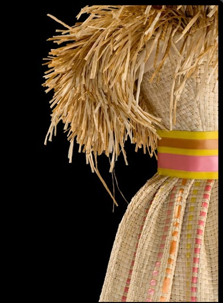 Roberto Capucci: Art Into Fashion