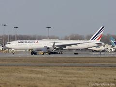 Boeing 777 AirFrance 22 al 2011 DSC_3492 (djipibi) Tags: 22 al flight a380 vol airfrance inaugural 2011 fhpjc cdgyul