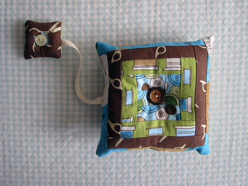 Log Cabin Pin Cushion