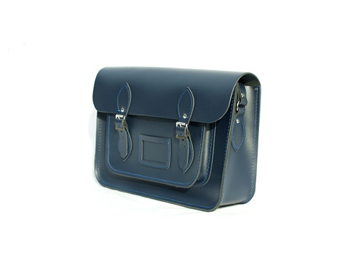 Cambridge Satchel in Navy