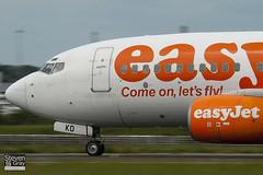 G-EZKD - 32425 - Easyjet - Boeing 737-73V - Luton - 100607 - Steven Gray - IMG_3410