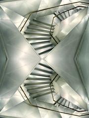 acsensio-oisnesca (I-magi'N o.) Tags: madrid blackandwhite architecture angle noiretblanc muse espana museo miroir espagne miror escaliers marches caixaforum