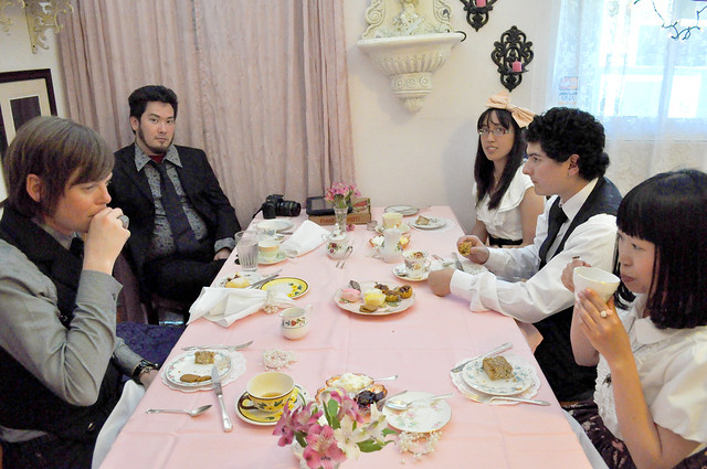 Tea group shot5