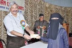 Meritorious Muslim students of Hyderabad get cash award (TwoCircles.net) Tags: education hijab award niqab muslimstudents