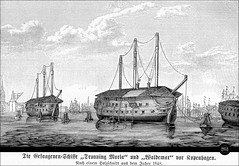 Die Gefangenenschiffe Dronning Maria und Waldemar vor Kopenhagen, Kbenhavn (Ireck Litzbarski Collection) Tags: 6 marie port copenhagen denmark ship maria sophie navy krieg prison carl af hafen turner tyskland dnemark danmark kopenhagen schiff vor bord anker ponton kbenhavn soldaten frederikke frederik waldemar dronning danemark copenhague sjlland schifffahrt 1852 gefngnis 1767 statek  fartyg krig flottante kjbenhavn okrt schwimmende wizienie galeere hessenkassel gefngnisschiff dnische gefangenen gefngnisse hovedstaden  barcoprisin trerskrigen slesvigske freischrler schleswigholsteinischer borgerkrig  strodtmann wizienny landgreve gefangenenschiff fngelsefartyg gevangenisschip    strflingsdeportationen deutschdenischer 18481851