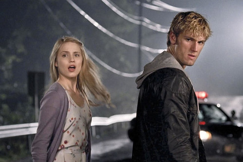 Dianna Agron & Alex Pettyfer in I Am Number Four (2011)
