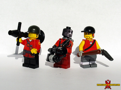 Custom minifig LEGO TF2: Soldier, Pyro, Scout