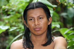 Maleku (ejhrap) Tags: portrait man tree face costarica tribe indigent maleku