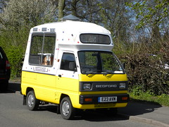 Ice cream van (Judy and Floss) Tags: 1987 icecreamvan bedfordrascal bedfordicecreamvan