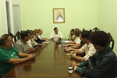 2011 Reunião com presença do prefeito Paulo Mustrangi_ a Chefe de Gabinete, Sheila Guimarães e representantes do Grupo SOS Vida