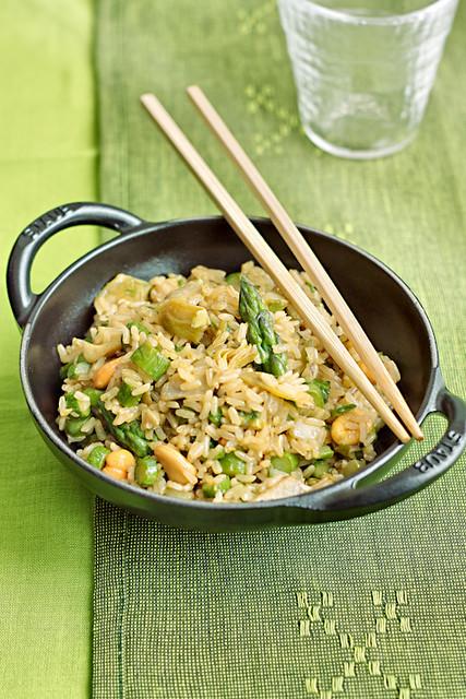 Riso fritto agli asparagi e carciofi