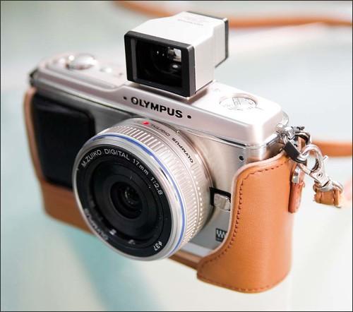Olympus E-P1 17mm f/2.8 pancake lens