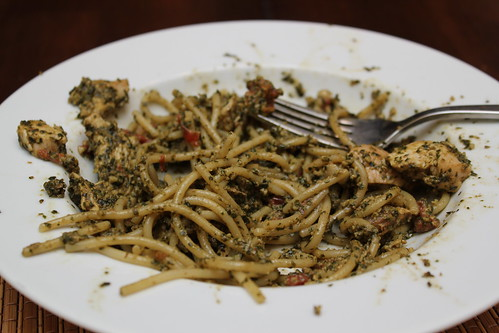 Pesto, chicken, tomato pasta