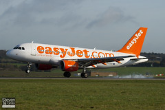 G-EZBZ - 3184 - Easyjet - Airbus A319-111 - Luton - 110404 - Steven Gray - IMG_3814