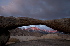 Lathe Arch Sunrise (Bill Wight CA) Tags: california sunrise arch granite weathered geology mtwhitney highsierras lonepine feature alpenglow alabamahills lonepinepeak inyocounty billwight lathearch copyright2011