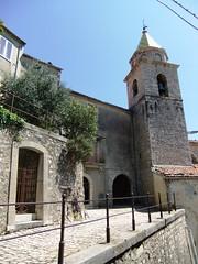 Santa Maria Assunta e vicolo Supportici (giòvanna) Tags: molise sepino piccolomondoantico