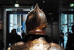 armure (pontfire) Tags: paris france nikon war iron histoire chevalier guerre lesinvalides fer casque guerrier oeuvredart musedesarmes