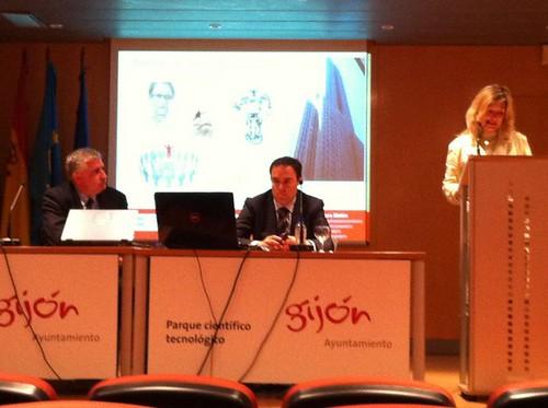 Conferencia Direccion de proyectos en sectores tecnologicos
