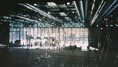 broken glass wall 2 (busy.pochi) Tags: aps beaubourg canon canonapsixusz50 centregeorgespompidou film ixus kodakaps kodakaps200 キヤノン コダック パリ フィルム ポンピドゥー・センター glass wall broken verre brisé 硝子 c41 compact