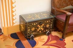 Box (mag3737) Tags: lafonda hotel box endtable table