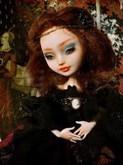 A new lady at home..... (NylonBleu) Tags: ever after high monster mh eah nylonbleu nebulaartdolls ooak repaint custo mona lisa