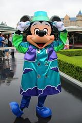 Mickey Mouse (sidonald) Tags: mickeymouse mickey  raincoat rainyday tokyo disney tokyodisneyland tdl tokyodisneyresort tdr greeting