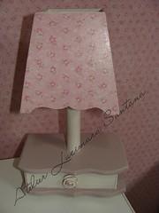 Abajur by Lucimara Santana (Atelier Lucimara Santana) Tags: para barbie infantil da beb quarto patchwork em decorao meninas madeira abajur pintura colcha