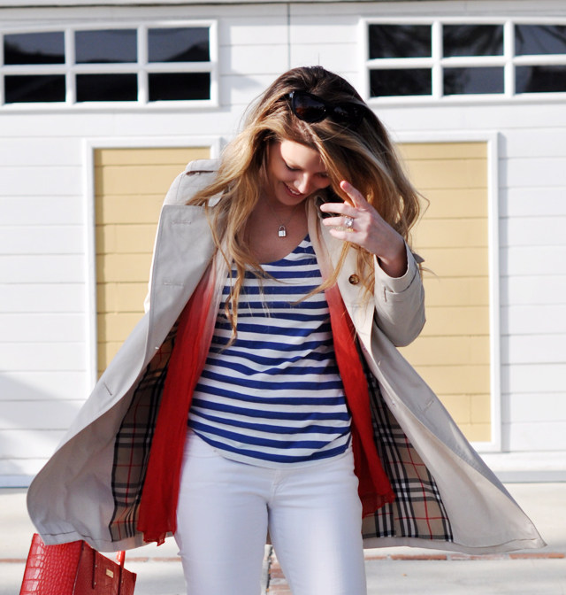 a bit of a nautical beachy look for spring with a short burberry trench coat and white jeans and a striped tank with red accessories, DSC_0416