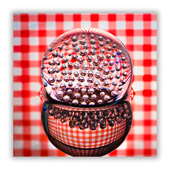 Squares and circles (Bald Monk) Tags: red white stripes gingham checkers tablecloth checks cheques chequers diypfav