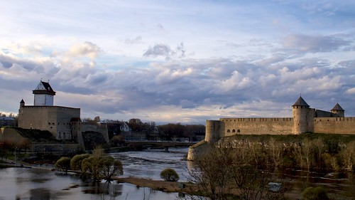Narva vs Ivangorod