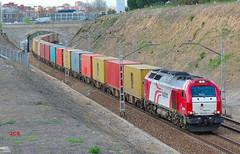 335-028-7 Logitren Teco VLLD-SILLA PJC-1º (4+) jcs (ppcharly) Tags: madrid diesel container contenedores locomotora teco intermodal 335 enlaces vossloh euro4000 logitren pjc1º