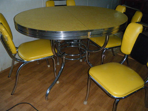 yellow formica table - Formica Kitchen Table